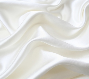 silk_white_fabric_softness_7321_2560x1600 - Copy